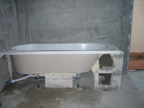 Установка ванны из акрила