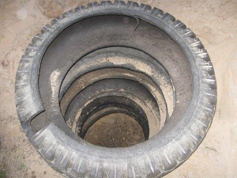 Канализационный колодец из шин
