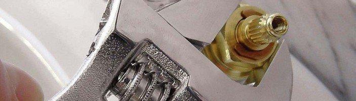 Как заменить или отремонтировать кран-буксу?