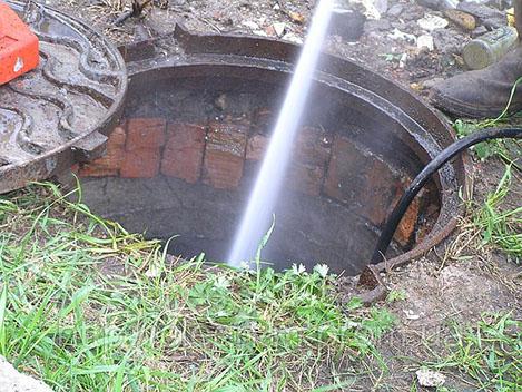 Откачка воды из дренажной системы