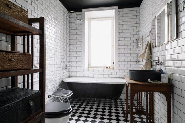 Чёрно-белый дизайн ванной в стиле лофт