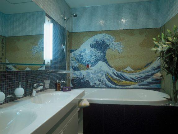 Плитка мозаика в ванной с морскими волнами