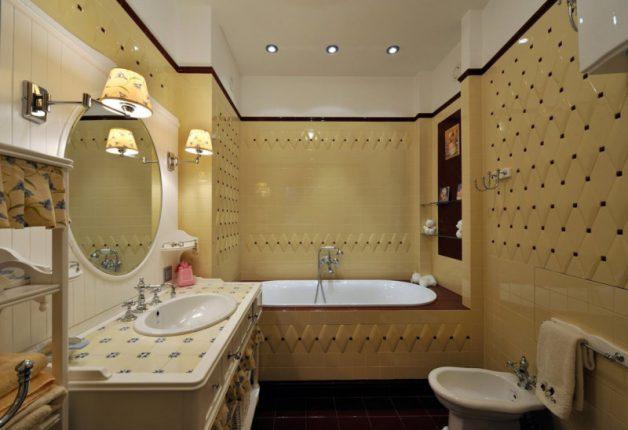 Мраморные столешницы в дизайне ванной комнаты