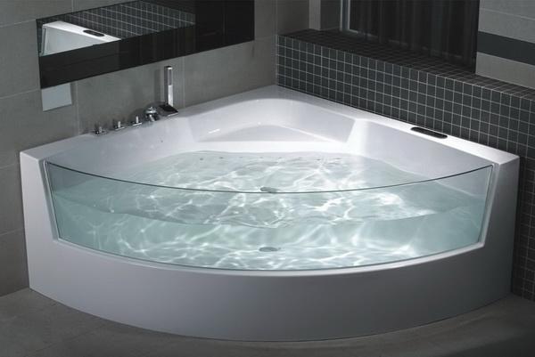 Прозрачная угловая ванна