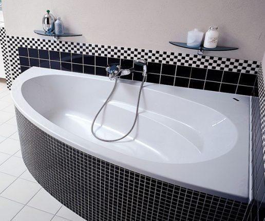 Современное оформление угловой ванны