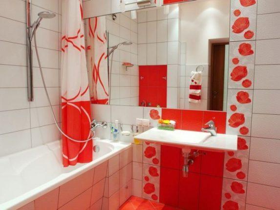 бюджетный дизайн ванной комнаты с использованием контрастов