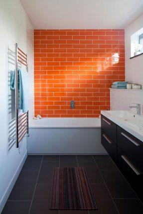 акцент в маленькой ванной комнате