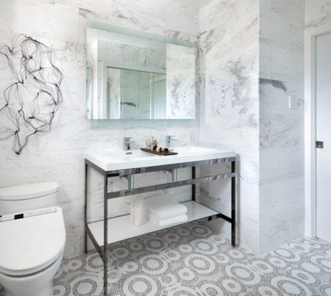 Имитация мрамора в дизайне ванной комнаты