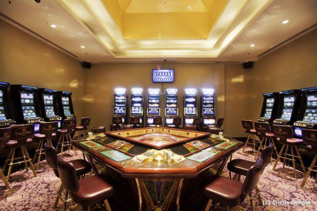 Интерьер современных казино