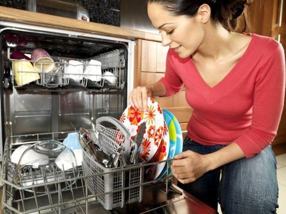 Как почистить посудомоечную машину, чтобы иметь блестящую посуду