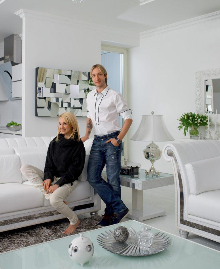Дом и квартира Рудковской и Плющенко в белых тонах