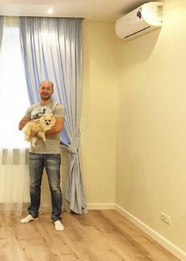 Уютная квартира Андрея Черкасова и его питомца