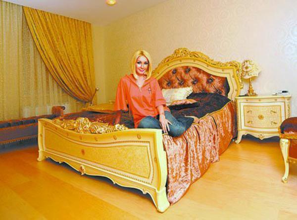 Квартира в стиле модерн и загородный дом Леры Кудрявцевой