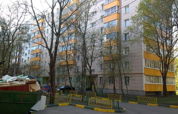 Где живет Ирина Безрукова?