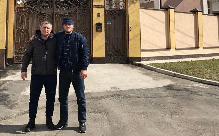 Где живет легендарный боец Хабиб Нурмагомедов?