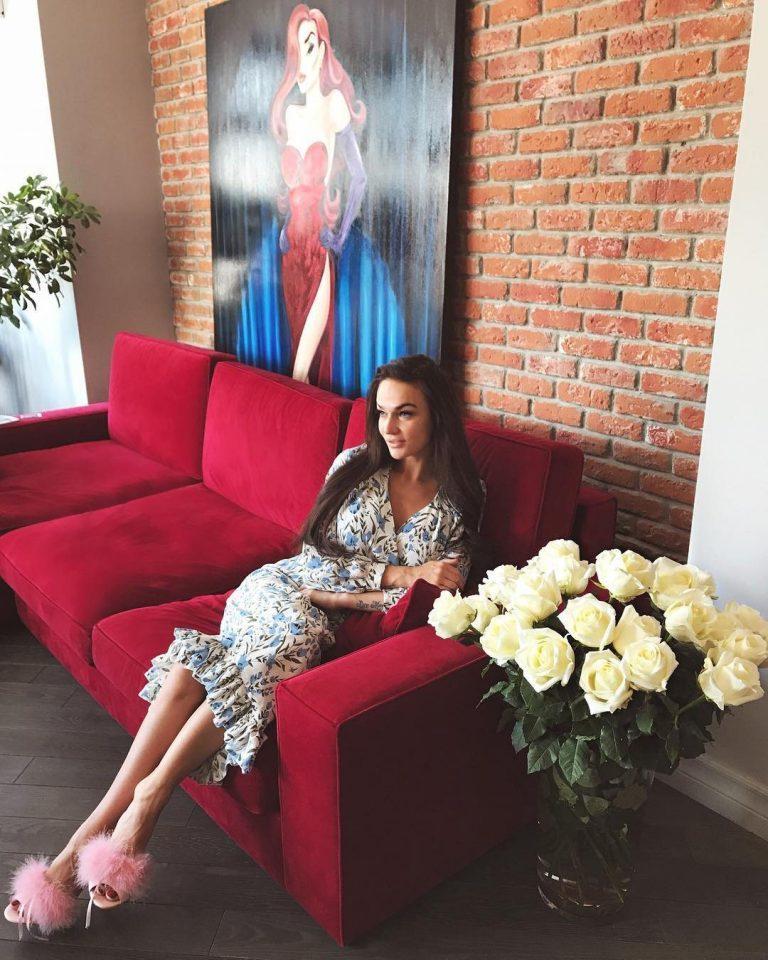 Квартира Алены Водонаевой в готическом стиле
