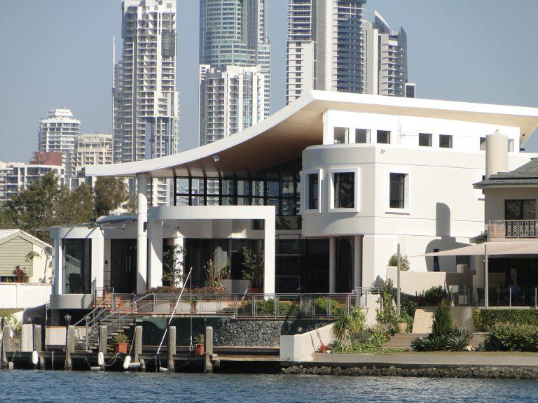 Секретные дома Джеки Чана по всему миру