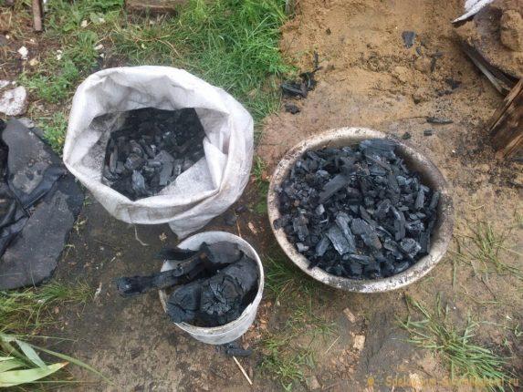 Как самостоятельно сделать уголь для мангала?