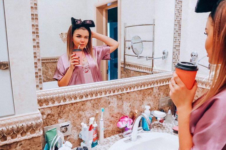 Стильная квартира популярной видеоблогерши Елены Райтман