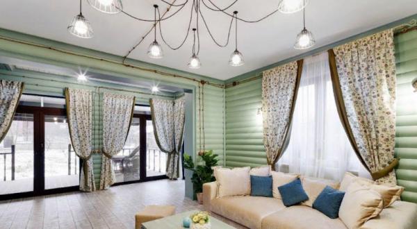 Где живёт Елена Яковлева: дача в экостиле и уютная московская квартира