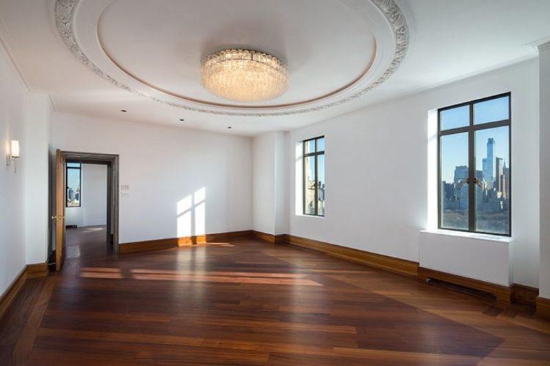 Почему Деми Мур избавляется от дорогой недвижимости?