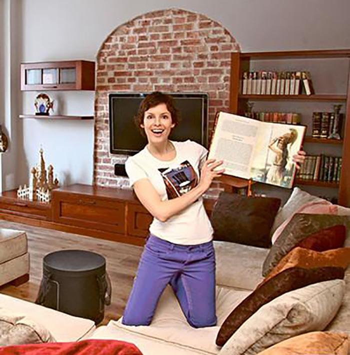 Известная по сериалу «Папины дочки» Мария Семкина купила первую собственную квартиру