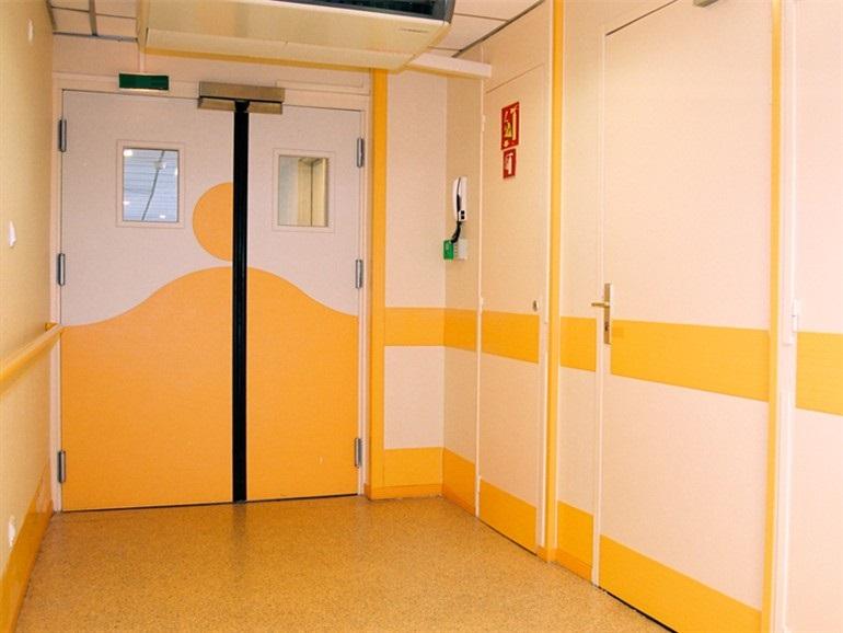 Основные виды медицинских дверей