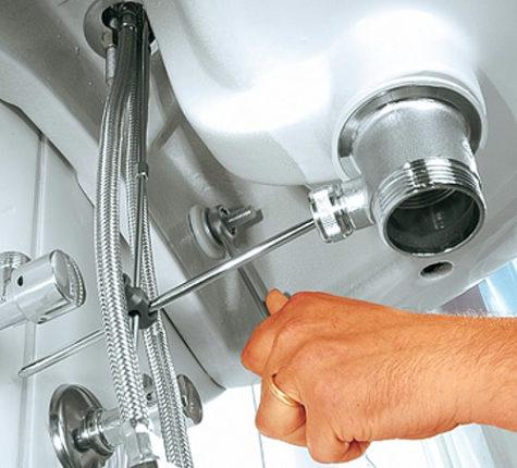 Использование нержавеющего крепежа в сантехнических работах
