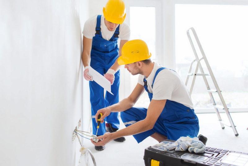 Правила подбора бригады для осуществления комплексного ремонта
